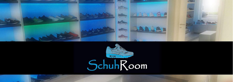 Schuhroom Innenansicht mit Logo